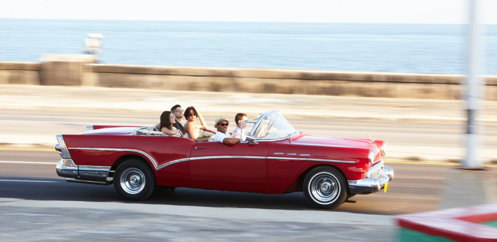 Ride in Classic car by the malecon